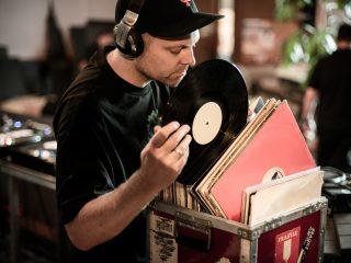 DJ-Shadow-Sample-Story