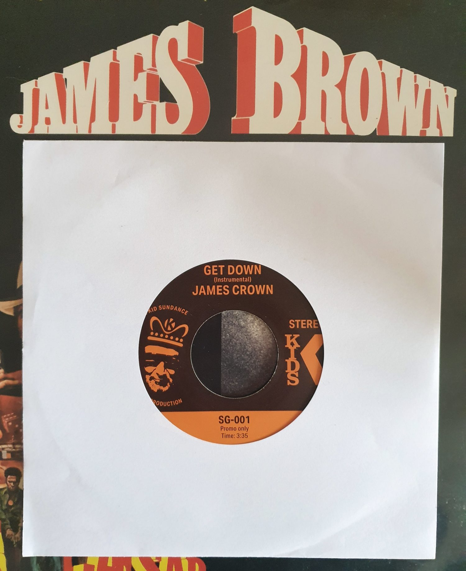 Kid Sundance's vinyl-only 'James Crown – Get Down' 45 (SP-1200 Preview Video)