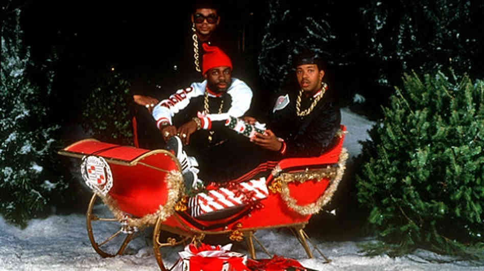 Video: Run DMC – Christmas In Hollis (New All-Star Hip Hop Medley)