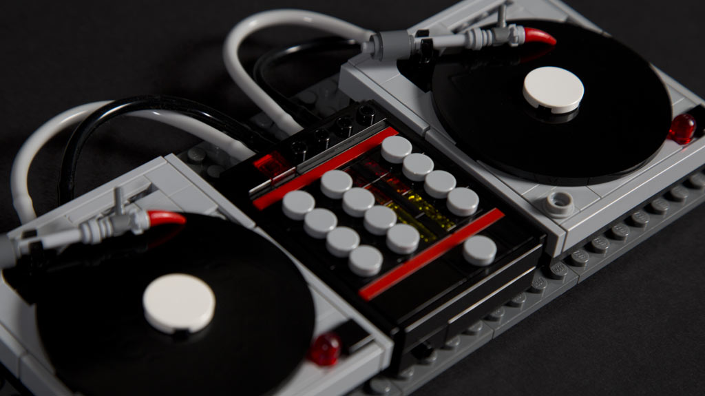 custom turntables lego building set the find mag. Black Bedroom Furniture Sets. Home Design Ideas