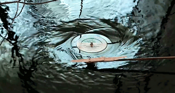 Video: Submerged Turntable
